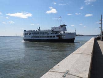 Ellis Island a New York - Statue Cruises