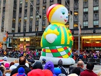 La parata di Macys il Giorno del Ringraziamento - Matrioska