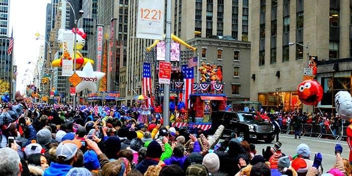 La parata di Macys il Giorno del Ringraziamento