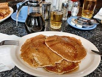 Colazione con pancake a New York