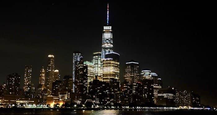 Giro in elicottero e in battello di sera a New York - Battello