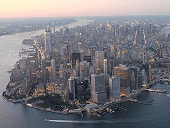 Giro in elicottero e in battello di sera a New York - Manhattan