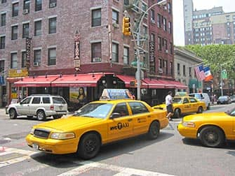 Lombardis Pizza a New York