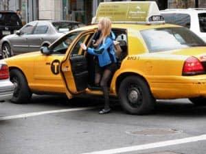 Prendere un taxi a New York
