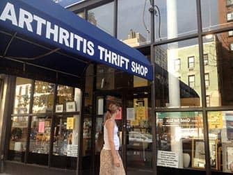 Shopping nell'Upper East Side in NYC - Arthritis Thrift Shop