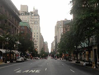 Shopping nell'Upper East Side in NYC - Strada