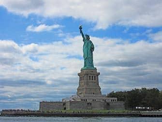 Crociera Circle Line Full Manhattan Island - La Statua della Libertà
