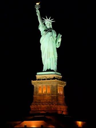 Crociera con cena a New York - La Statua della Libertà