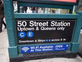 Metro a NYC - 50 Street Station