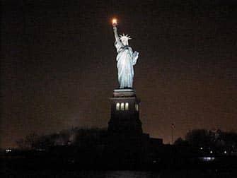 Statua della Libertà, crociera di sera