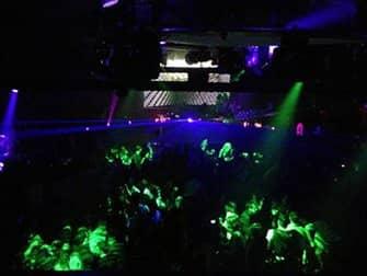 Giro dei nightclub di New York - Locale