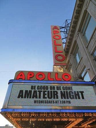 Harlem a New York Apollo Theatre