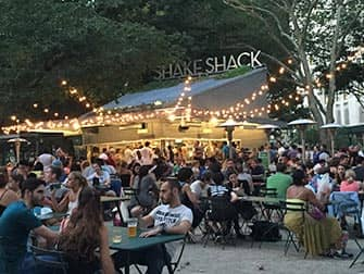 Parchi a New York - Shake Shack in Madison Square Park