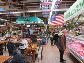 Il Bronx a New York mercato in Little Italy