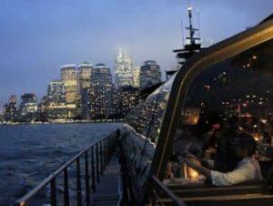 Bateaux crociera con cena a New York
