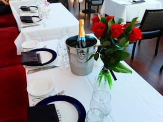 Bateaux crociera con cena a New York - Cena romantica