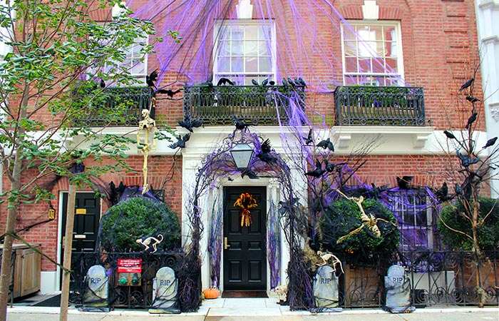 Halloween a New York - Case decorate
