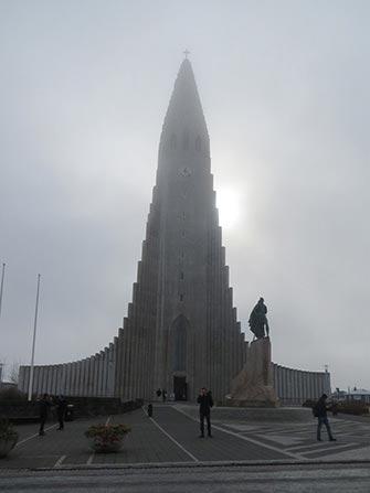 Fermata in Islanda- Hallgrimskirkja