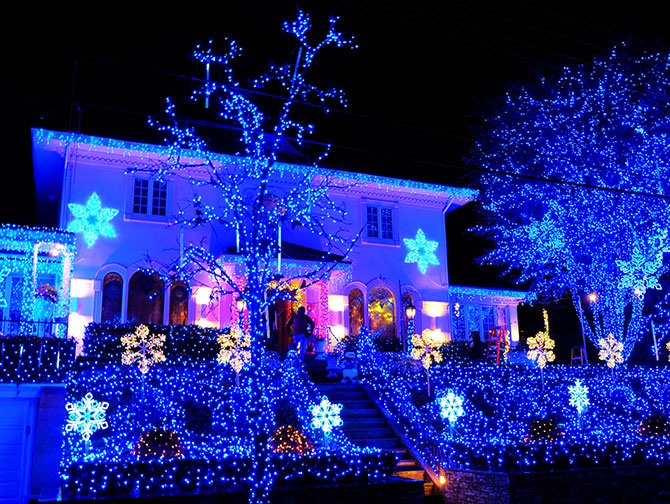 Dyker Heights Christmas Lights - Luci blu