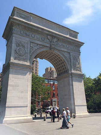 Tour Manhattan in Bici - Washington Square Park