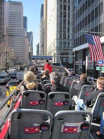 Autobus turistico Gray Line a New York - Guida