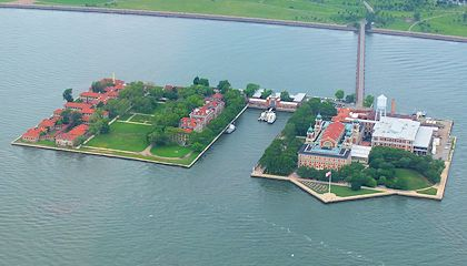 Tour in battello della Statua della Libertà e Ellis Island - Ellis Island