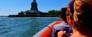 Giro in barca ad alta velocità a New York